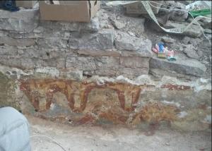В Снетогорском монастыре в Пскове раскрыты фрески, которых никто не видел с 17 века.